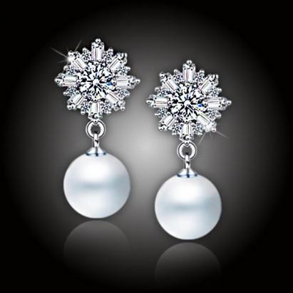 Perlové náušnice Ice Queen White Pearl